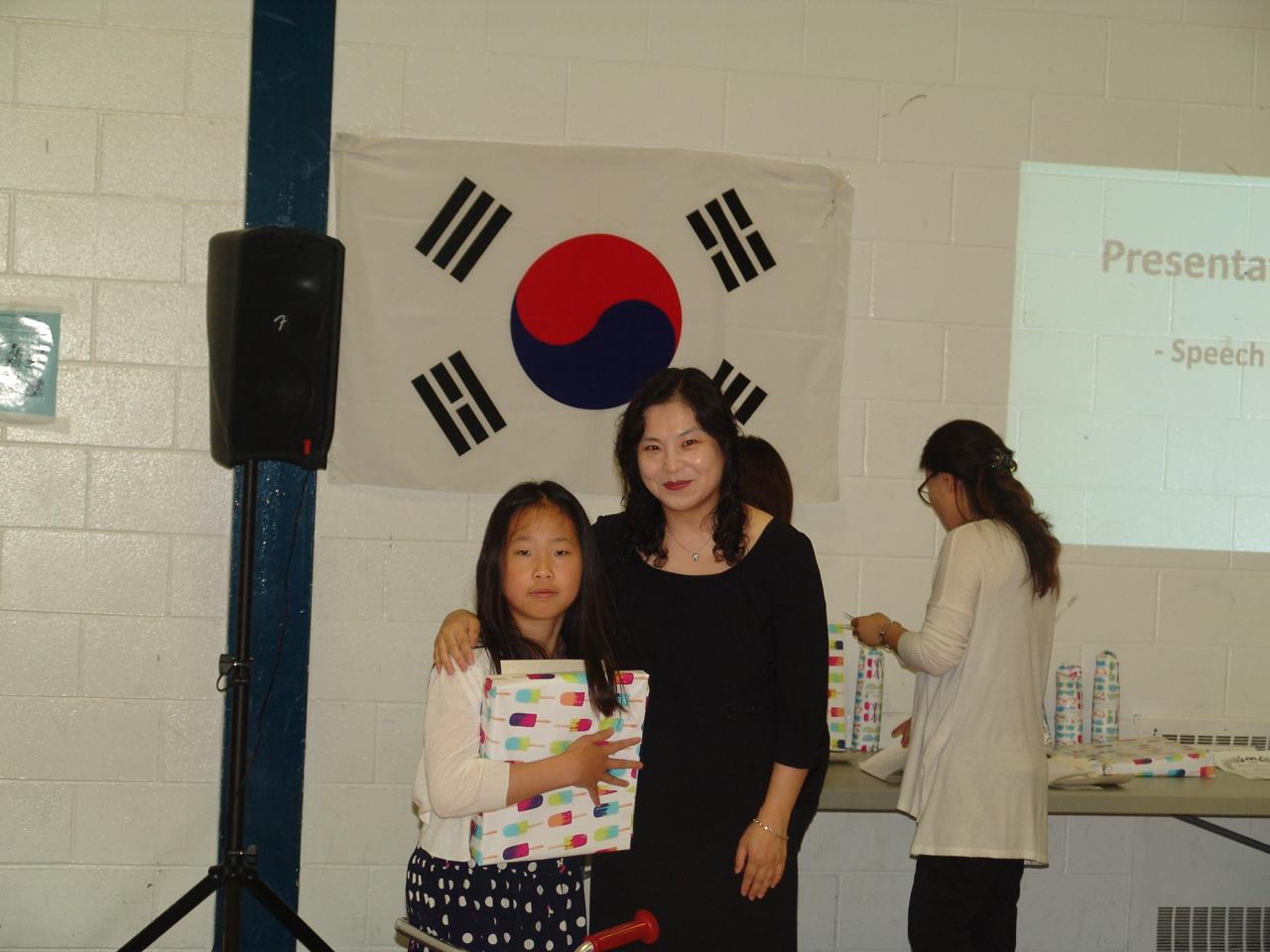 3-2 백일장 최우수상 심현서 Hyunseo Sim Creative Writing Grand Prize.JPG